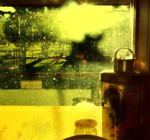 afternoons_and_kitchen_windows_by_andyp89